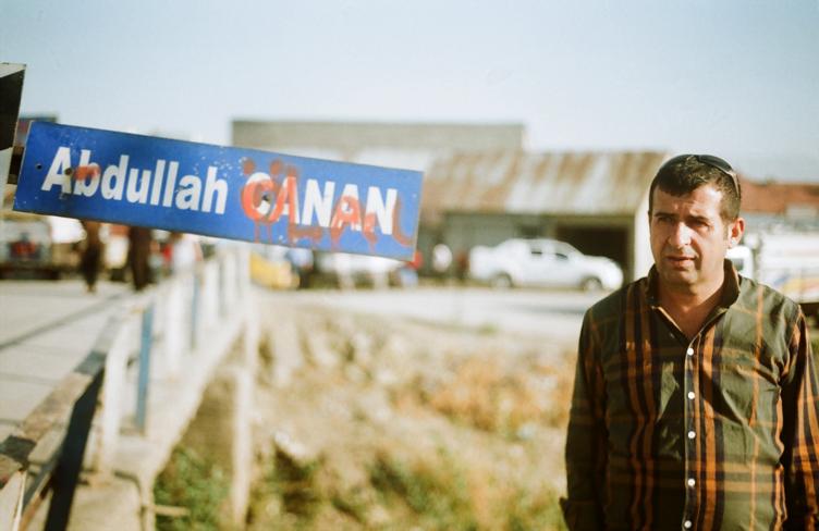 Fotoğraf: Muhip Ege Çağlıdil - Abdullah Canan için Yüksekova'da yapılmış köprü ve oğlu Vahap Canan
